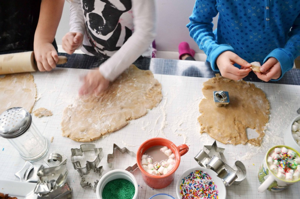 kids making cookies 1024x682 Maple Gingerbread Cutout Cookies