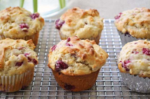 Heartland Raspberry Yogurt Muffins 2 Heartland Raspberry Yogurt Muffins