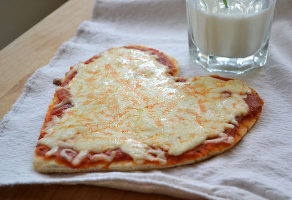 heart pizza DIY Frozen Dinners and a Heart Shaped Pizza