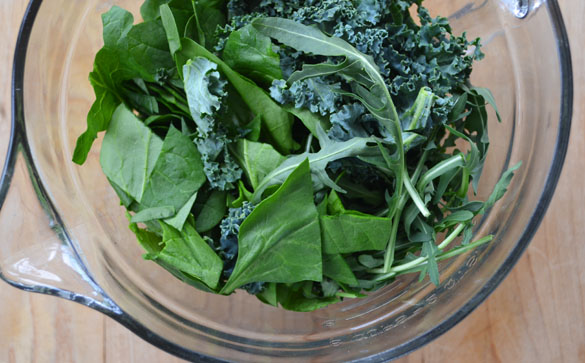 Bowl of greens Kale & Spring Greens Pesto