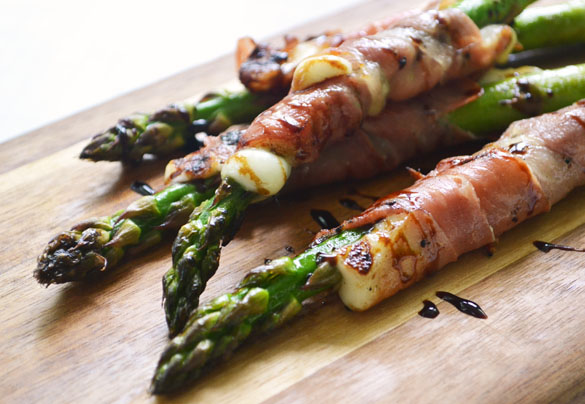 Asparagus w Prosciutto Cheese 3 12 Days: Grilled Asparagus with Queso Fresco & Prosciutto